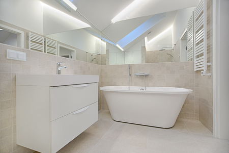 Bathroom renovation completed by our tiling expert in Echuca with porcelain tiles